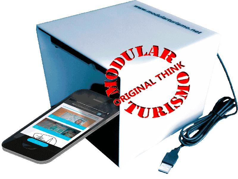 <strong>Escáner rápido de documentos de identidad.</strong> Pasaportes, DNI españoles y Europeos. Autónomo o integrado con el sistema permitiendo una <strong>rápida entrada de datos y envío de fichas de policía.</strong>
